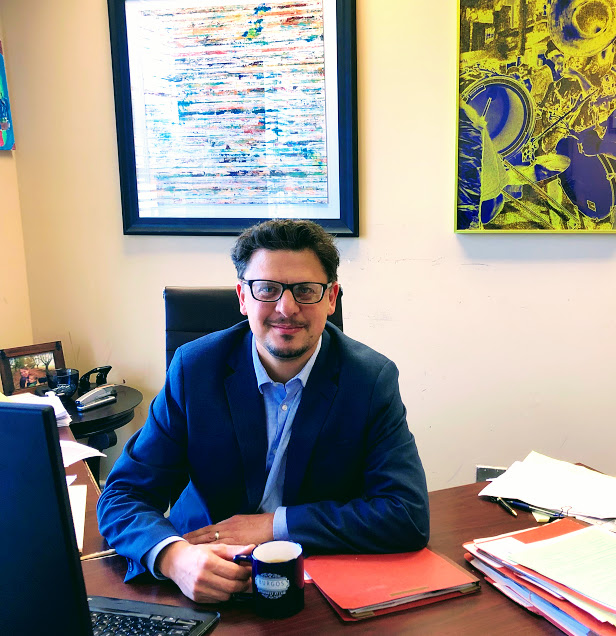 Abogado de inmigracion Gabriel Mondino